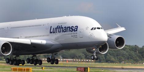 Lufthansa'nın A380'i İstanbul'da