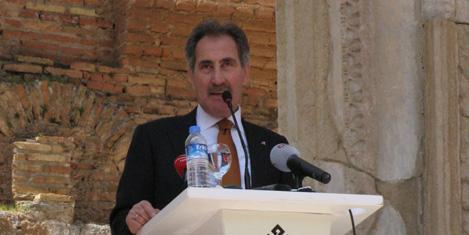 Günay: Turist İzmir'de de kalacak