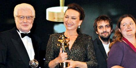 """En iyi film ödülü """"Çoğunluk"""""""