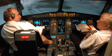Pilotlar: Uçuş sırasında uyuduk