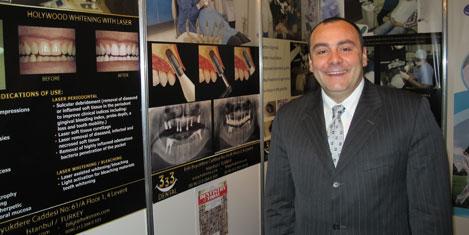 En iyi Türk dişçi Londra Fuarı'nda