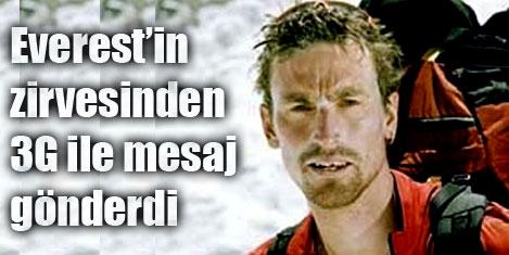 Everest'in zirvesinden 'tweet'ledi