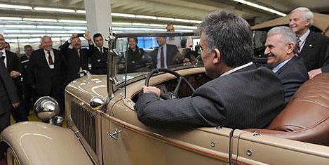 Gül, Antika Arabalar Müzesi'nde