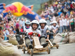 Karadeniz'den Red Bull Formulaz geçti