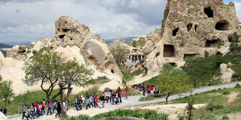Hedef 48 milyon turist