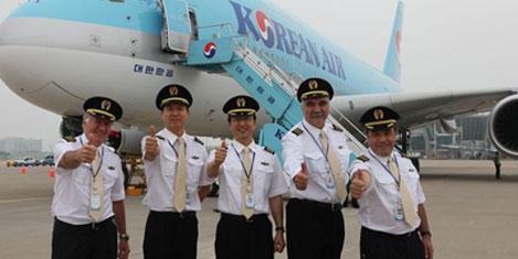 Korean Air A380'i açılışa sundu