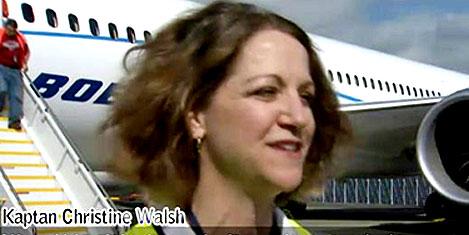 Boeing'in ilk bayan test pilotu