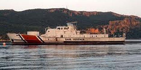 Sahil botu, turizm için batırıldı