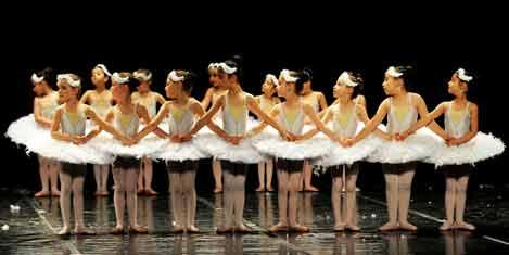 Minik dansçılar LykiaWorld'de