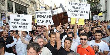 'İstiklal'e dokunma' yürüyüşü