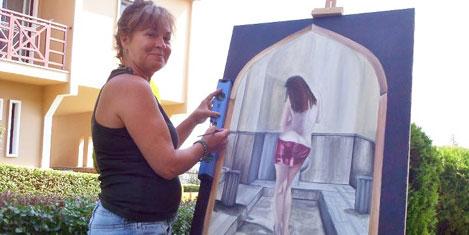 Ev hanımlığından ressamlığa
