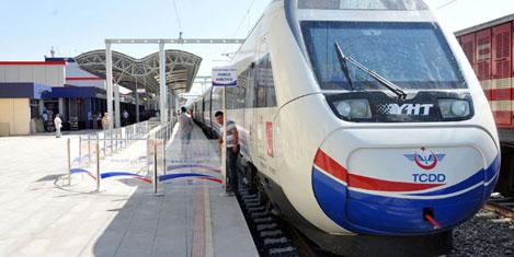 Hızlı trenle turizme yeni boyut