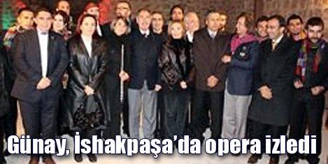 İshakpaşa'da opera keyfi yaşandı