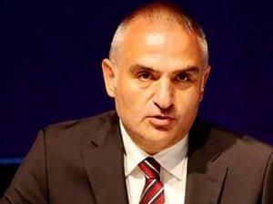 Bakan Ersoy: İzmir'e gelen turistiki katına çıkacak