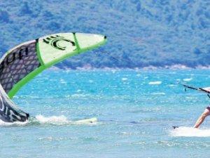 Akyaka'da Dünya Kiteboarding Şampiyonası başladı