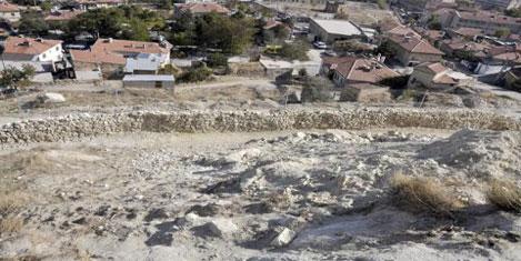 Kadı Kalesi'nde kayalar engellendi