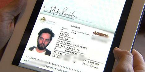 iPad'i pasaport yerine kullandı