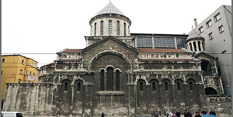 Ermeni Kilisesi yenilendi, açıldı