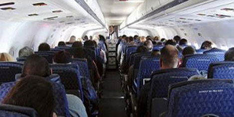 Uçakta koridorda oturmayın