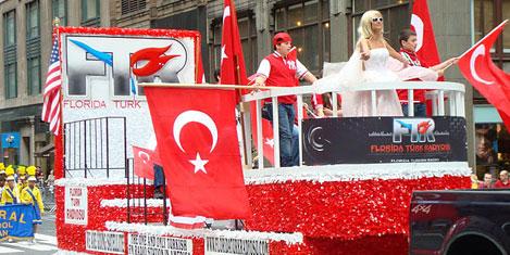 Türk'ün sesini dünyaya duyuruyor