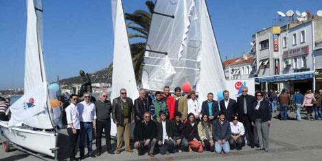 İzmirli yelkencilere Topper tekne