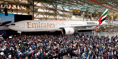 Boeing 1000'inci 777'yi kutluyor