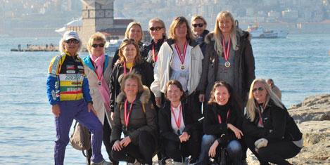 Danimarkalı kadınlar koştu