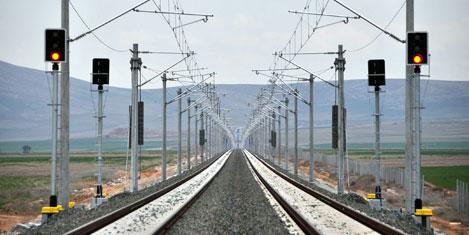 Demiryolu bekçilere emanet