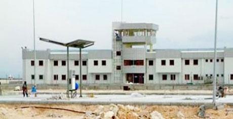 Bingöl Valisi havaalanını inceledi
