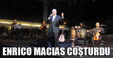 Enrico Macias İstanbul'da coştu
