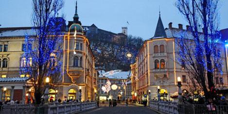 Slovenya da krizden sallanıyor