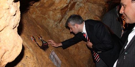 Şahmaran, yeraltı şehrinde sergide