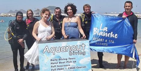 La Blanche'da deniz  temizliği