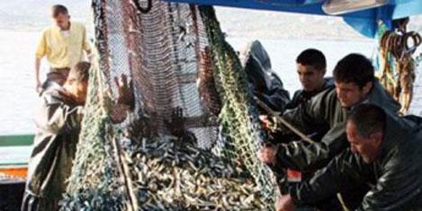 Balıkçılar sezona hazırlanıyor