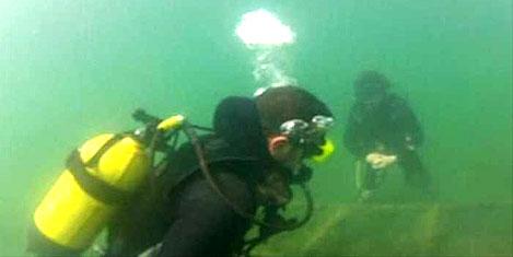 Dalgıçlar Sapanca Gölü'ne daldı