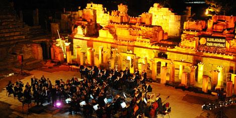 Efes Antik Tiyatrosunda konser
