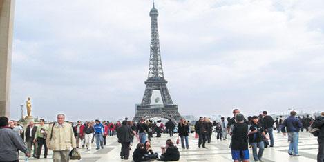 Paris Fransa'nın turist kapısı
