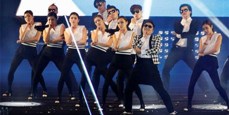 Gangnam'dan Gentleman  VIDEO