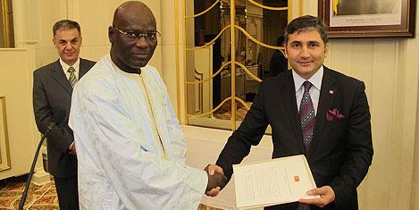 Çakmak Senegal Konsolosu