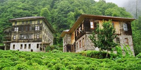 Rize'nin tarihi evlerİ yaşıyor