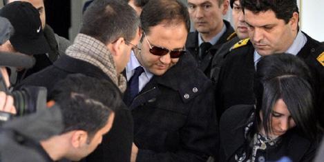 İstanbul'da 52 kişi gözaltında