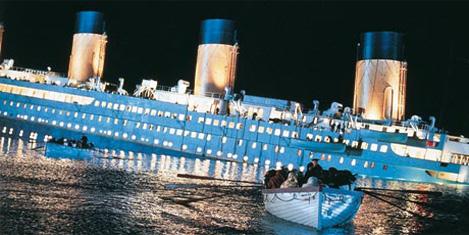 """Çin'de yeni """"Titanik"""" yapılıyor"""