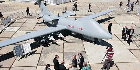 İngiltere insansız uçağını gösterdi