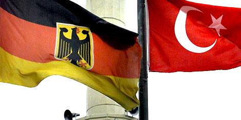 Almanya'dan vatandaşlık adımı