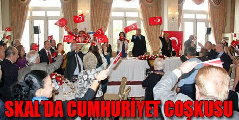 Skal İstanbul Cumhuriyet'i kutladı