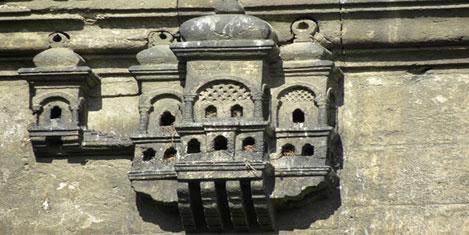 Kuş evleri ve serçe saraylar