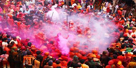 Hindistan'ı Holi Festivali ile keşedin