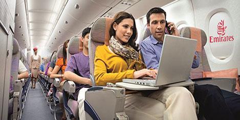 Emirates ile uçakta iletişim