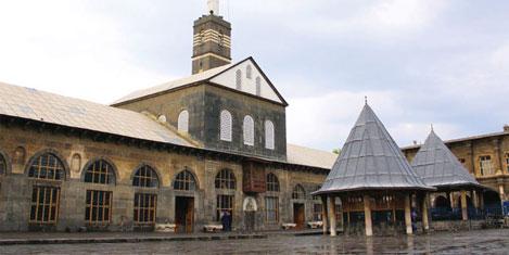 Diyarbakır' Ulu Cami ilgi odağı