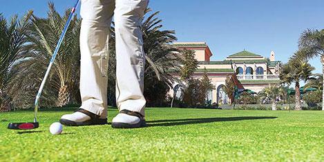 Yaşlılara bakım evinde golf